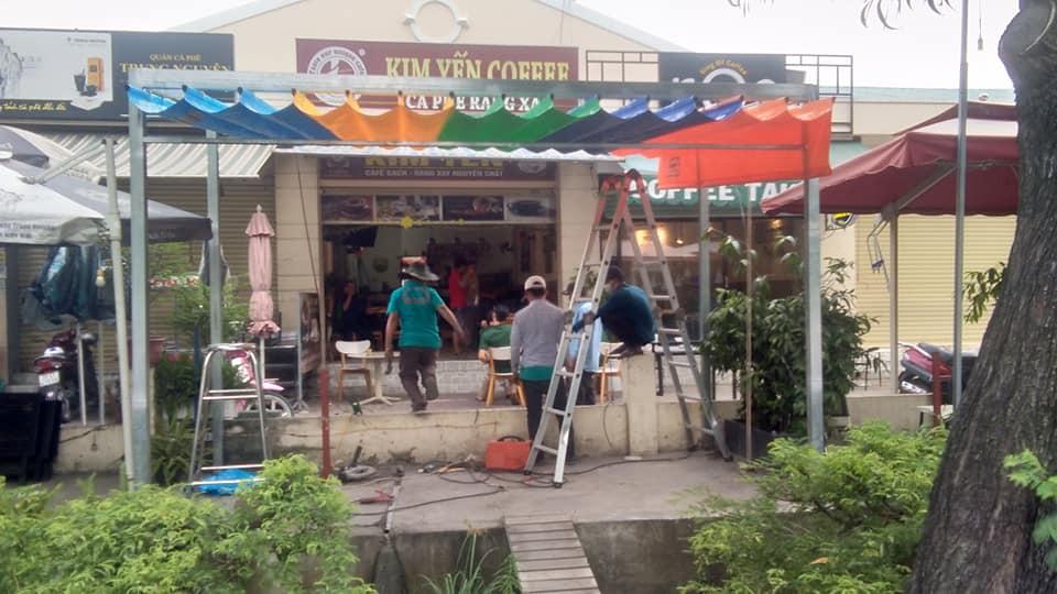 Mái che xếp cho quán cafe